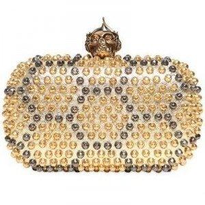 Alexander McQueen Skull Box Clutch aus Metallischem Leder mit Nieten